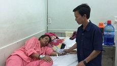 Vừa mất con, mẹ nghèo phải đối diện với bệnh nặng không tiền chữa