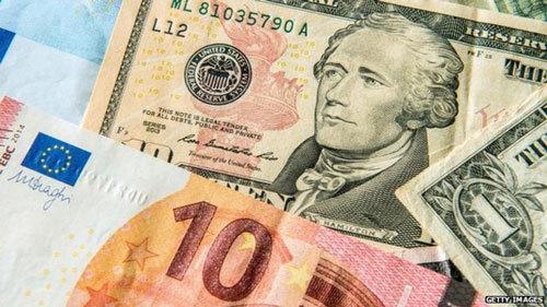 USD xuống đáy 3 năm: Sự bất thường khiến nhà giàu ôm đô lo sợ