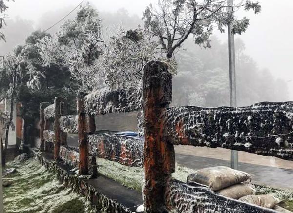 Tuyết rơi, băng tuyết, Ô quý Hồ, Sapa, Lào Cai