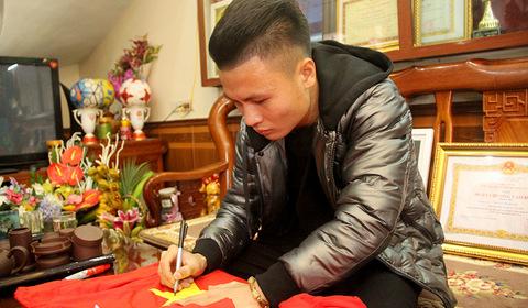 Quang Hải trả lời PV