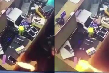 Smartphone phát nổ cháy như súng phun lửa