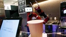 Xem robot thay nhân viên phục vụ bán cà phê tại Nhật Bản