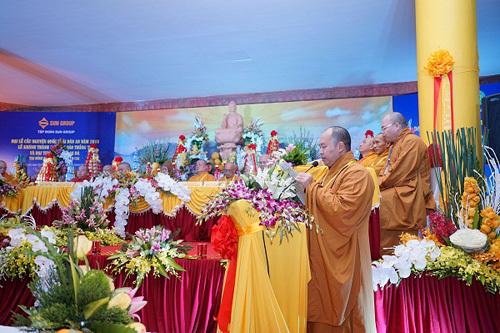 Khánh thành Đại tượng Phật A Di Đà trên đỉnh Fansipan