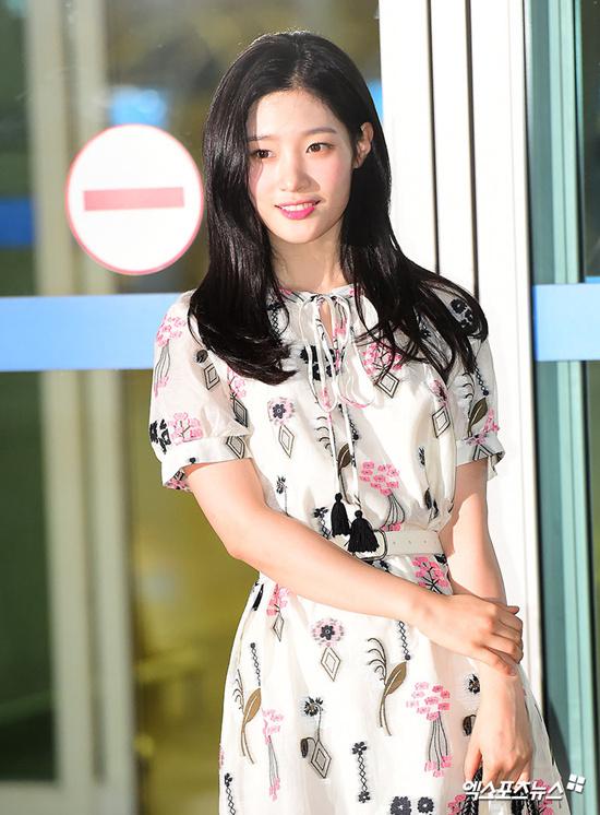 Jung Chae Yeon, Chi Pu, Lala: Hãy để em yêu anh, làng sao
