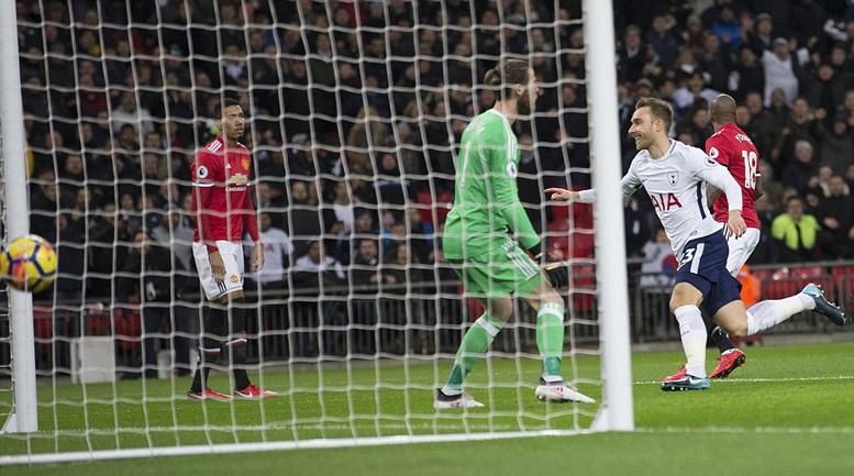 Mourinho 'sôi máu' với học trò vì bàn thua ngớ ngẩn