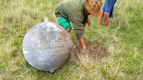 Sự thật về quả cầu lửa bí ẩn đâm xuống trái đất