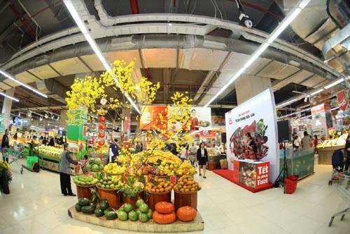 VinMart hỗ trợ điểm bán hoa - cây cảnh Tết